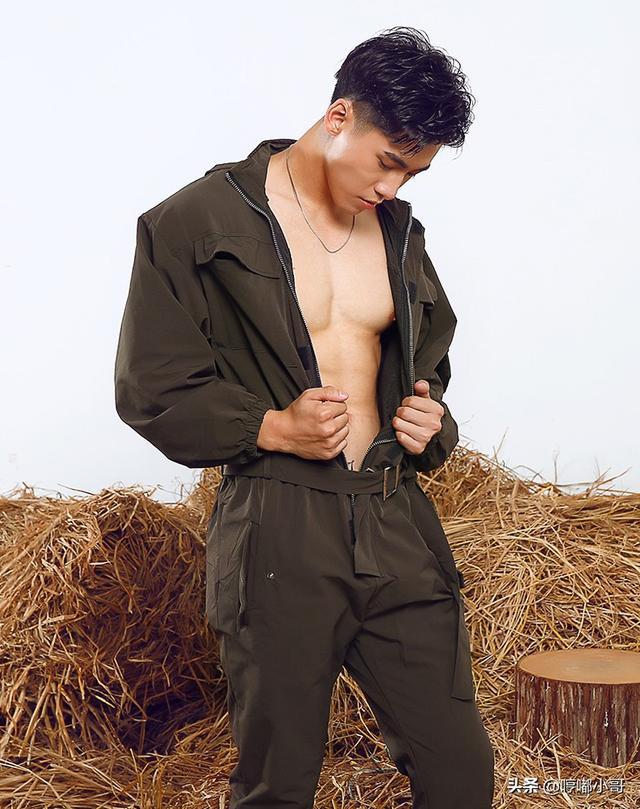 有气质的男生穿搭,连体衣穿搭个性、帅气、有品味